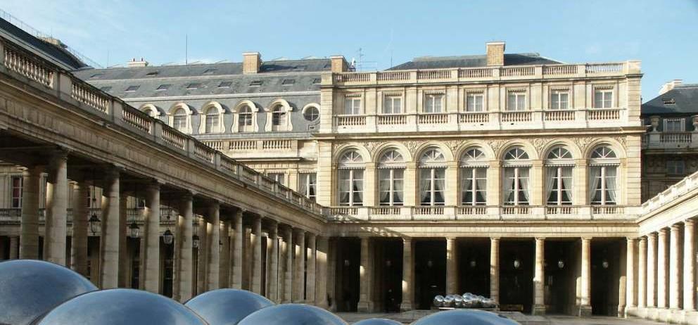le-palais-royal-e1423385965176
